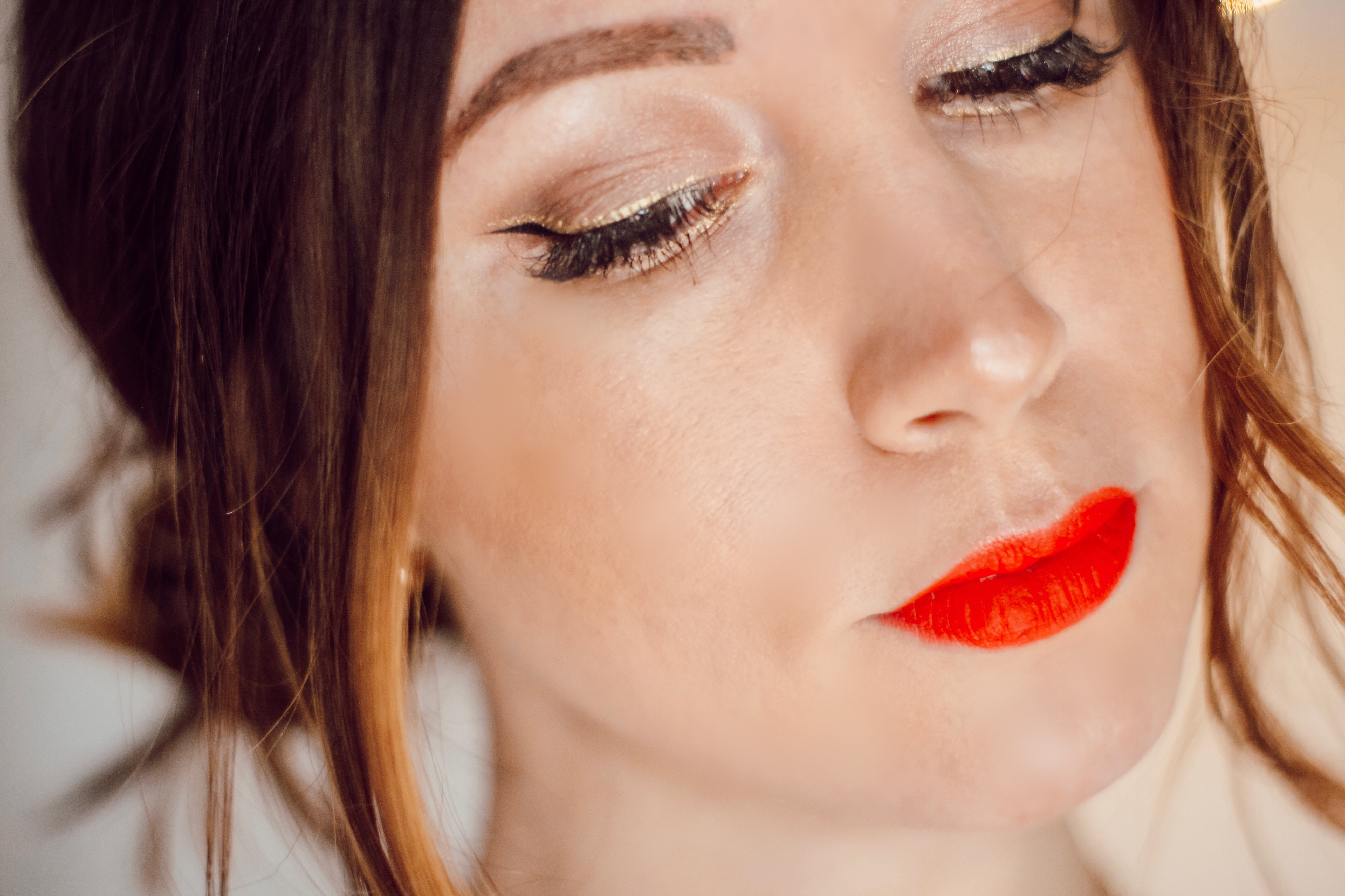 Maquillage des fêtes Yves Rocher bouche rouge